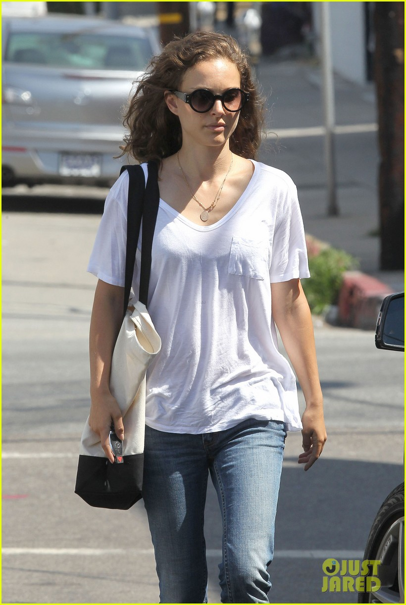 natalie portman early lunch 19