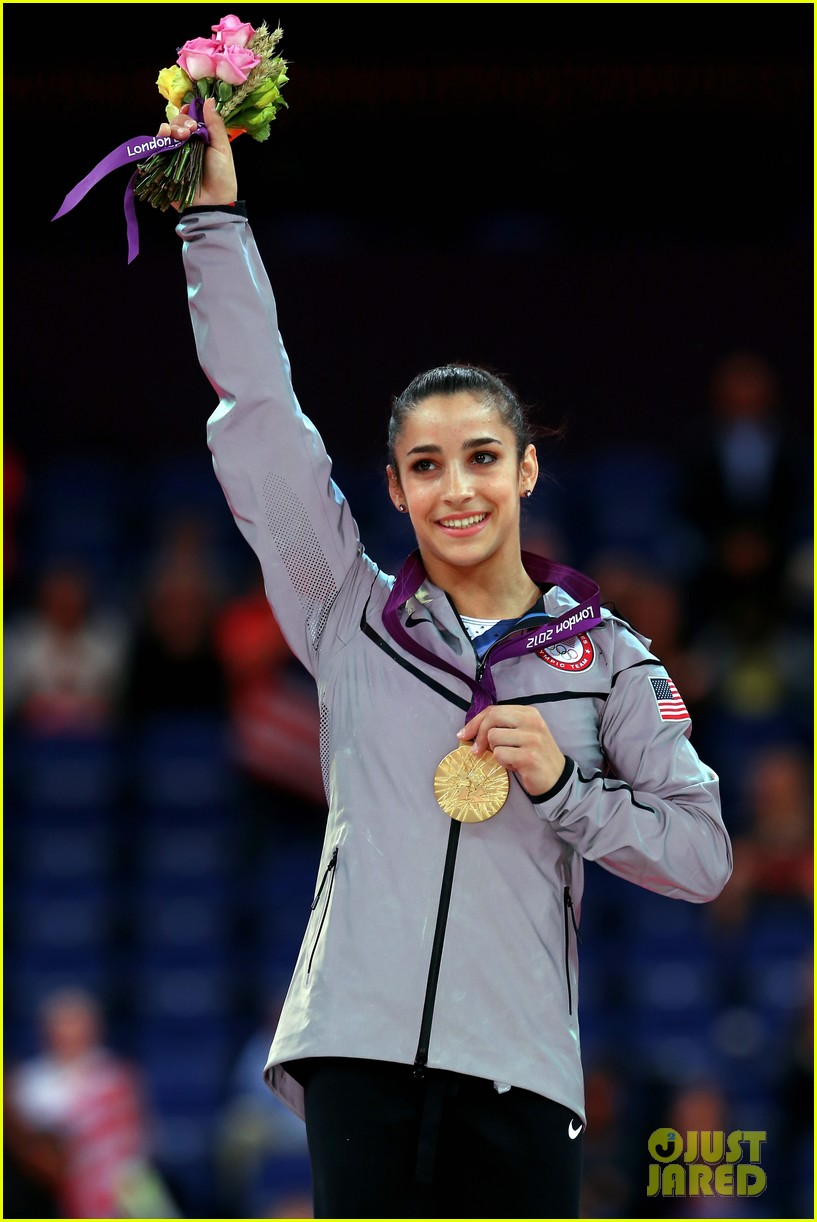 aly raisman jordyn wieber floor exercise finals results 25