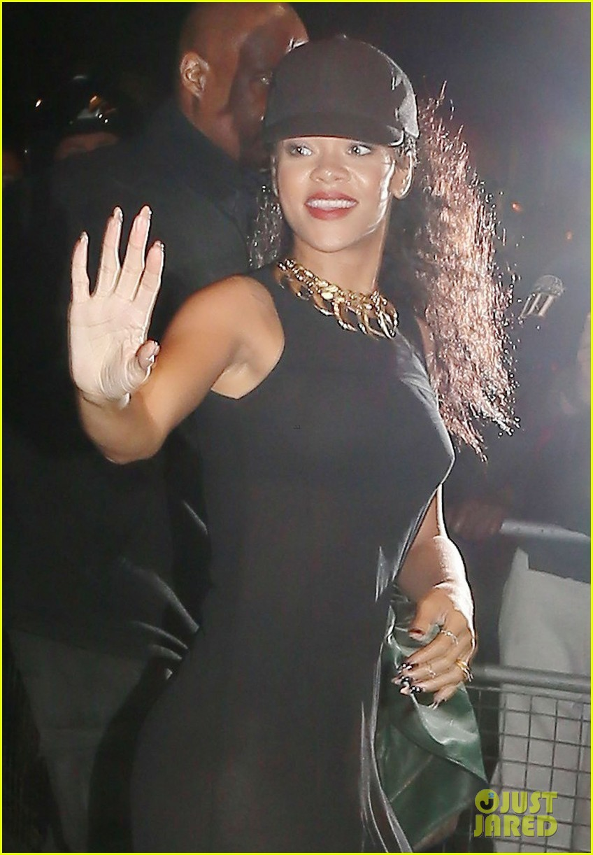 rihanna rob kardashian just friends 06