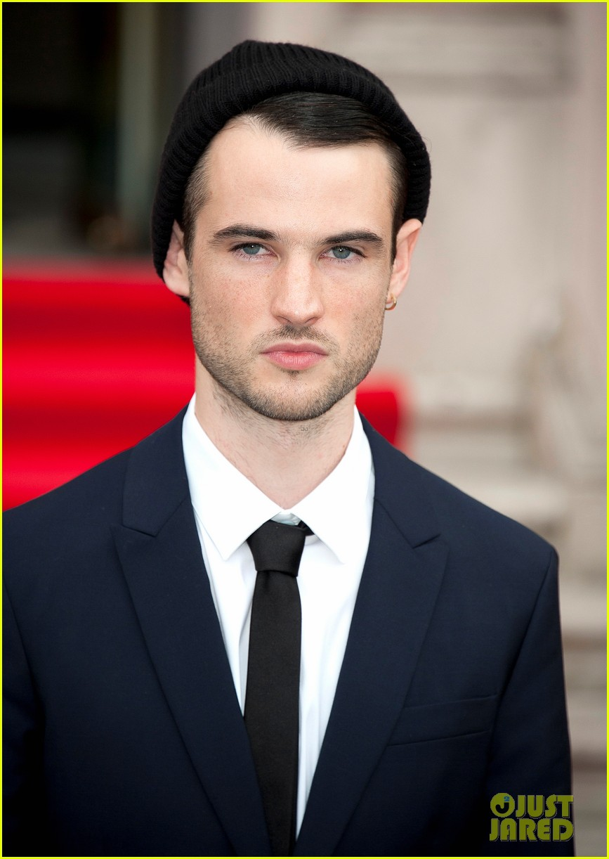 tom sturridge sam riley on the road uk premiere 132703251