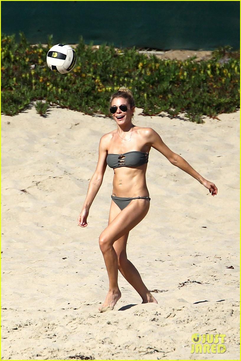 leann rimes bikini beach babe with eddie cibrian 072701483