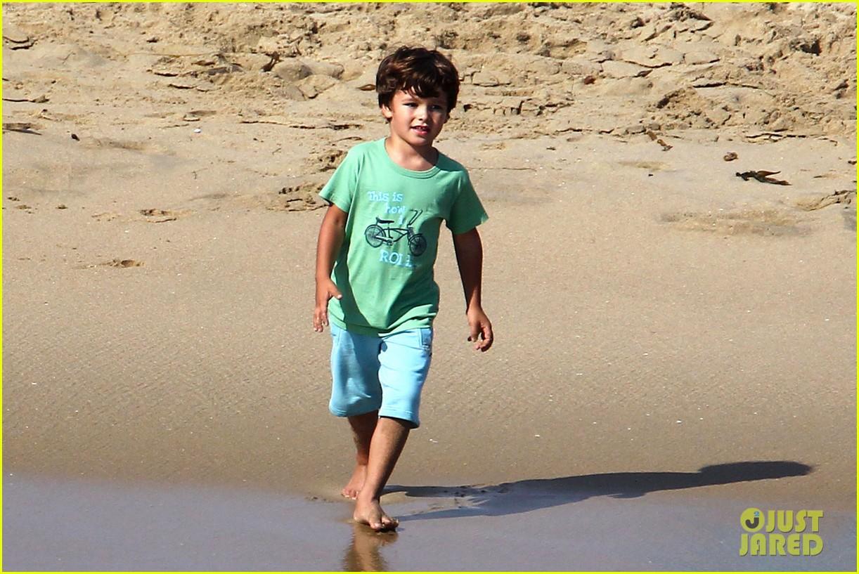 leann rimes bikini beach babe with eddie cibrian 262701502
