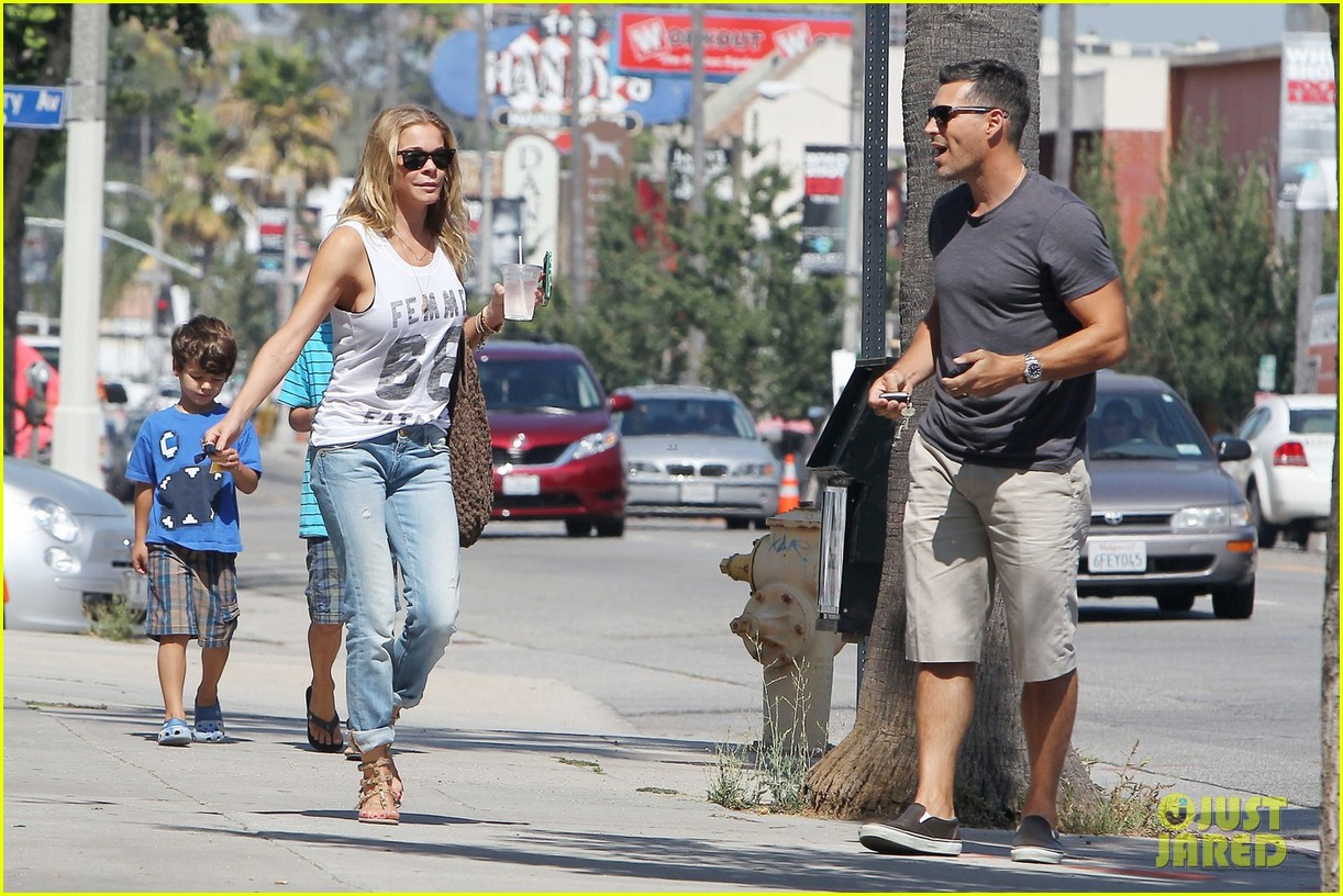 leann rimes recovering after surgery on teeth 04