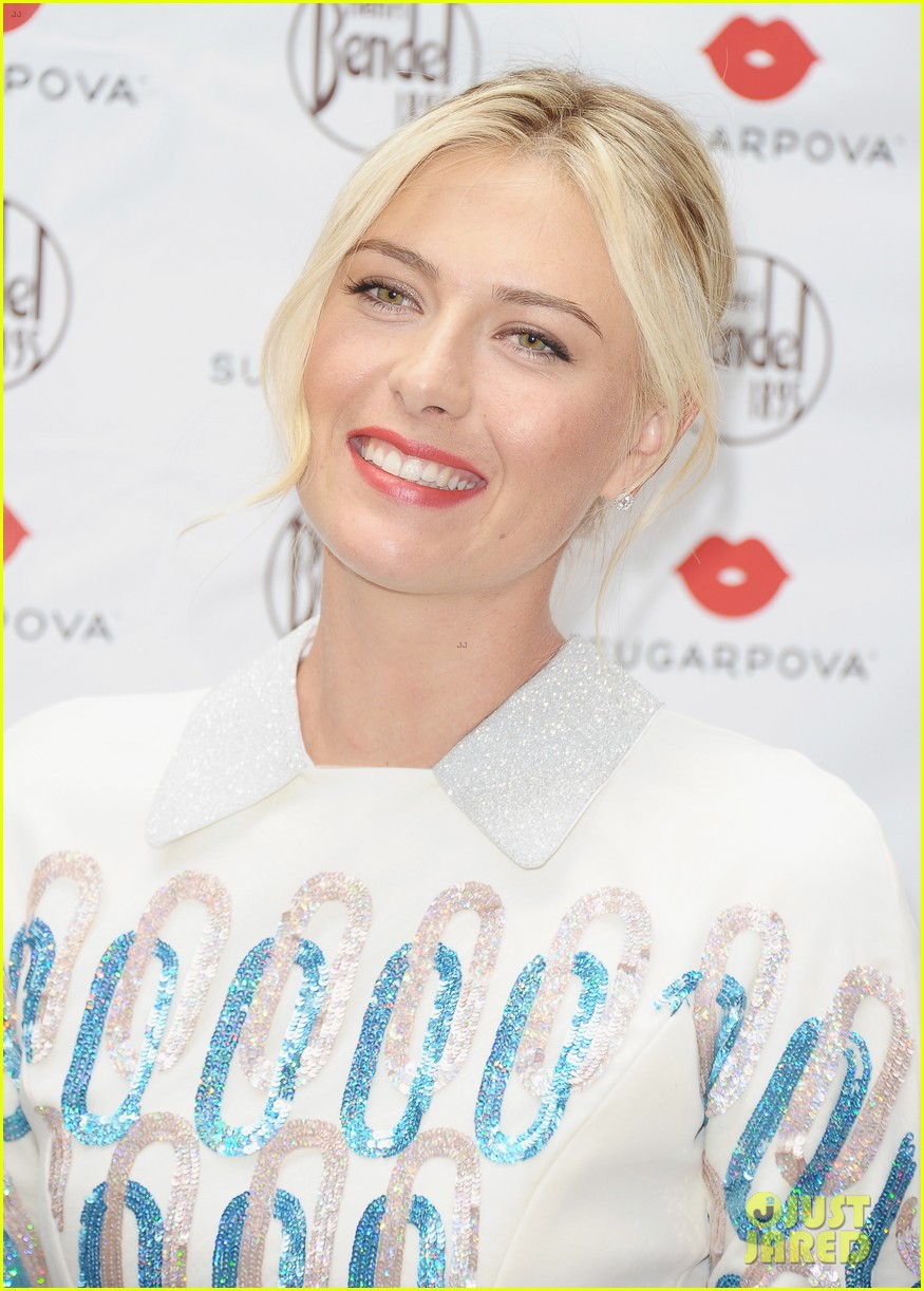 maria sharapova sugarpova launch hamptons mag cover 02