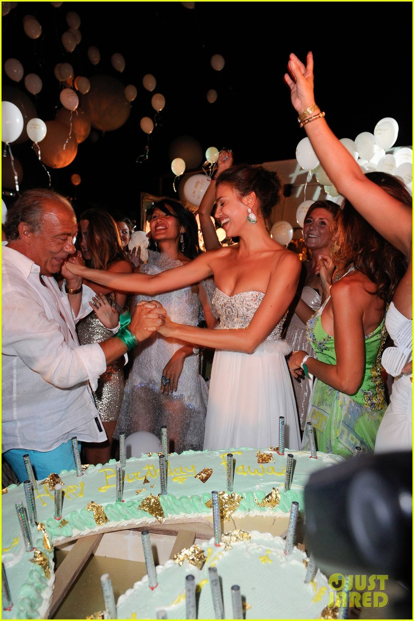 irina shayk fawaz gruosis 60th birthday bash 04
