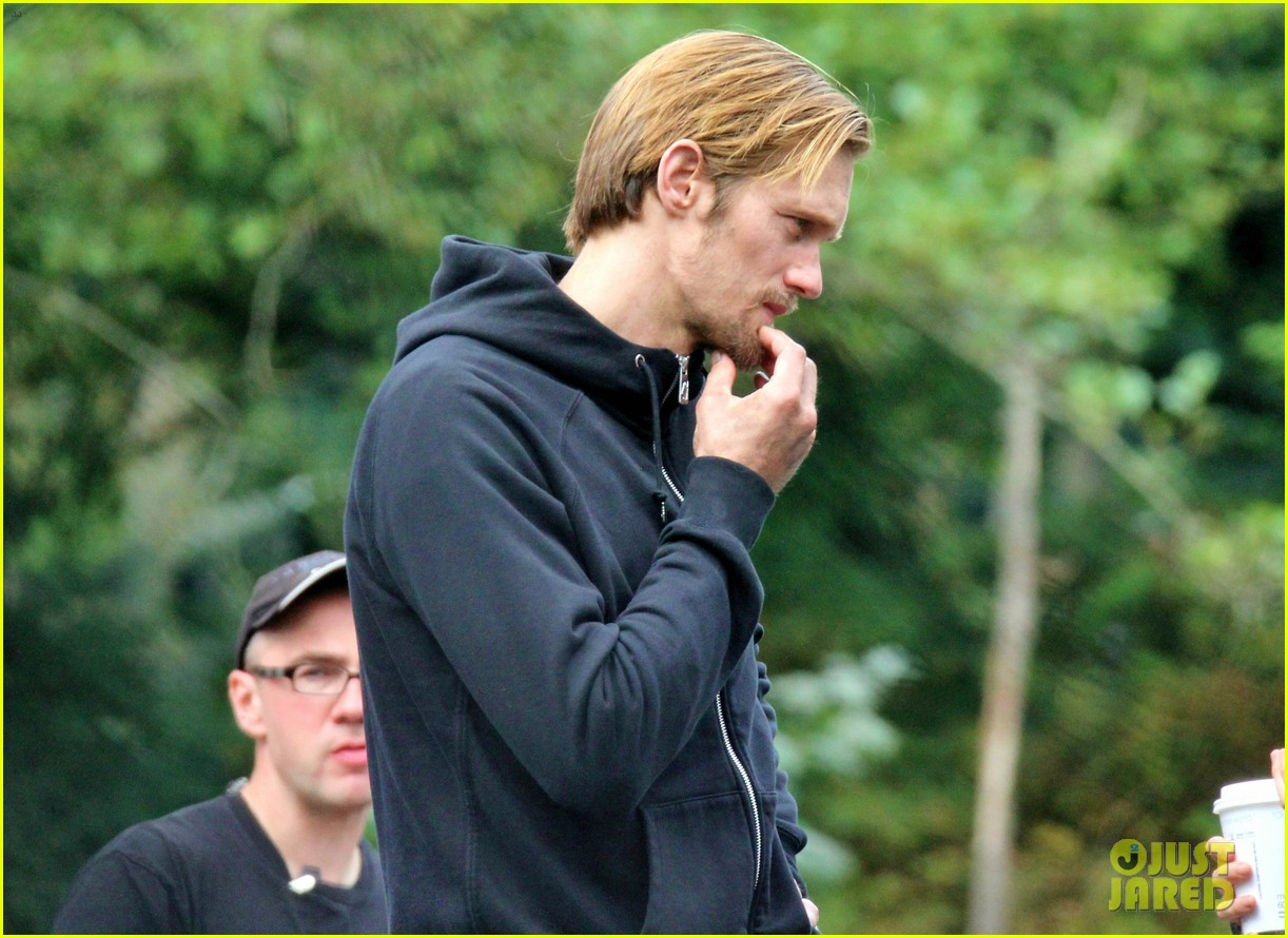 alexander skarsgard hidden set with andrea riseborough 152710471