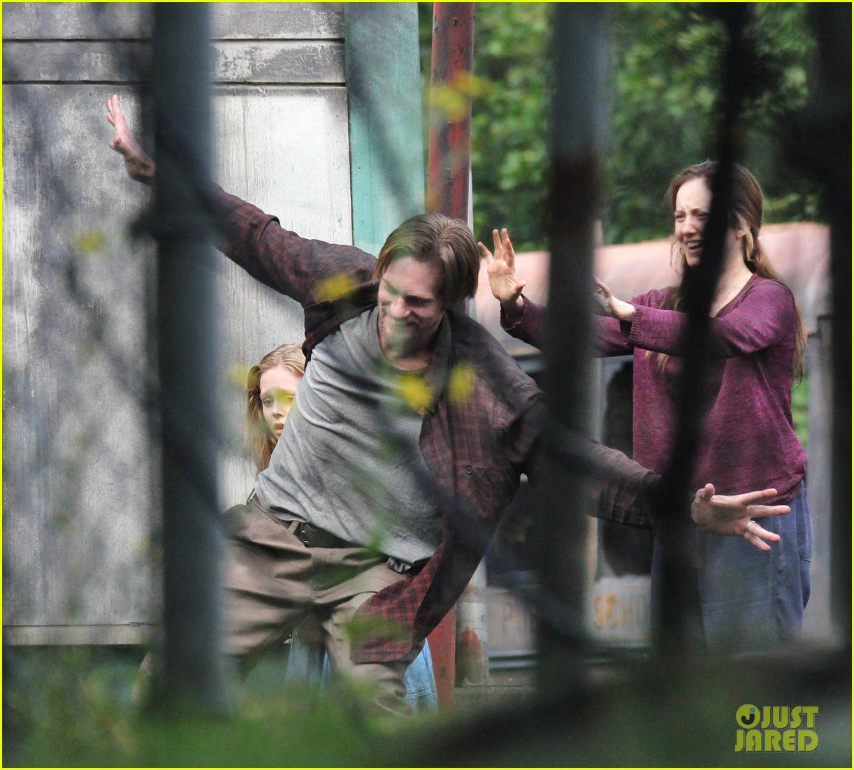 alexander skarsgard hidden set with andrea riseborough 40