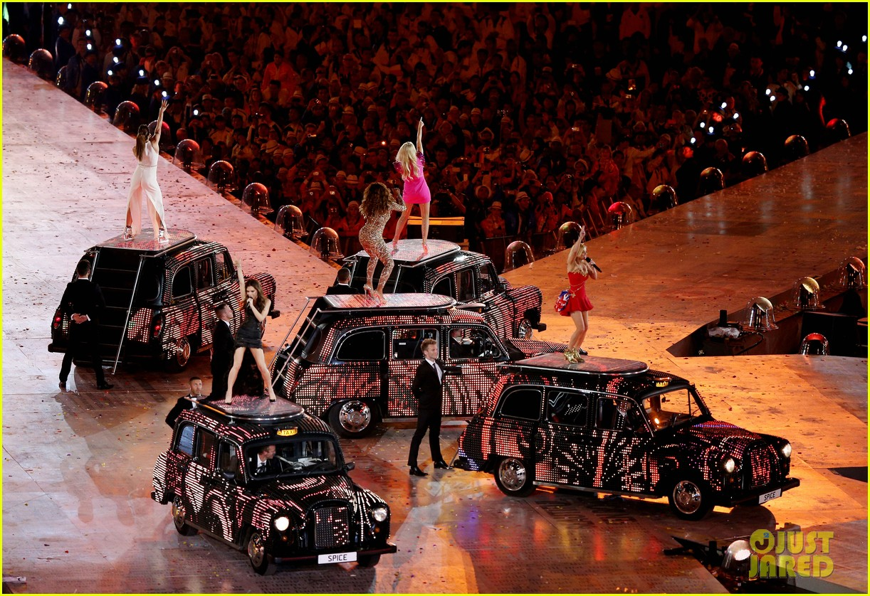 spice girls olympic closing ceremony 16