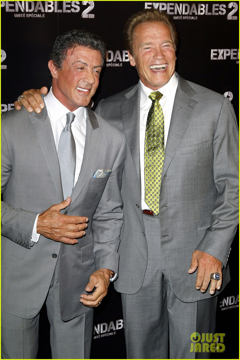 ¿Cuánto mide Sylvester Stallone? - Real height Schwarzenegger-stallone-statham-expendables-2-premiere-16