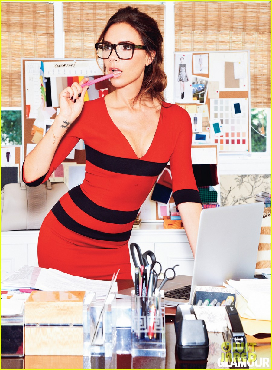 victoria beckham glamour fashion issue september 2012 032695270