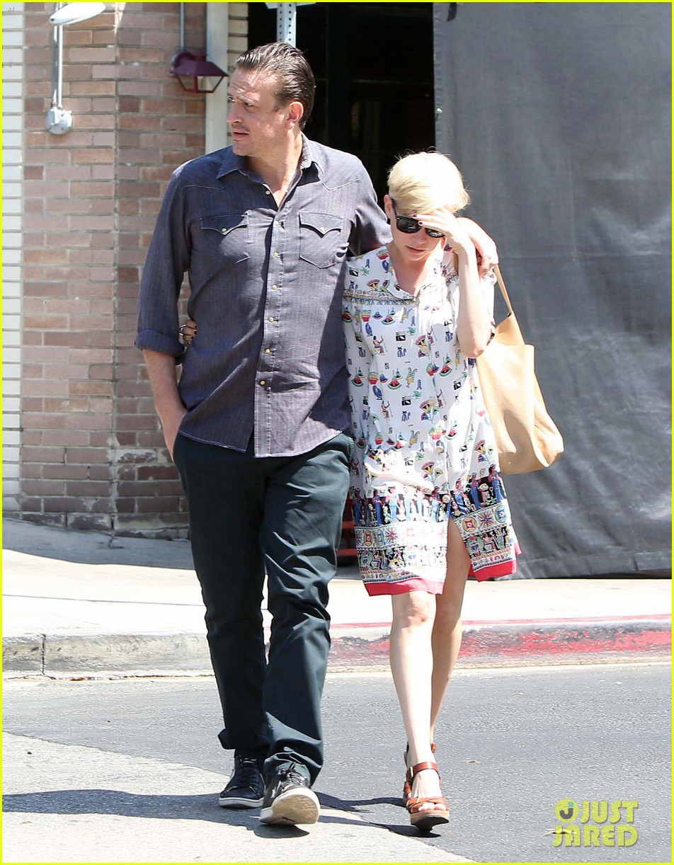 michelle williams jason segel lunch in los feliz 05