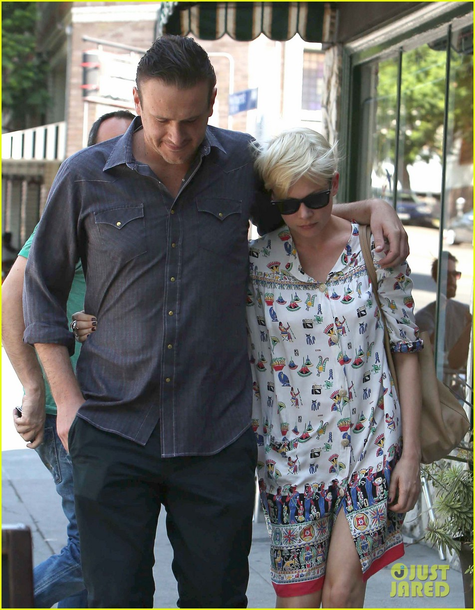 michelle williams jason segel lunch in los feliz 14