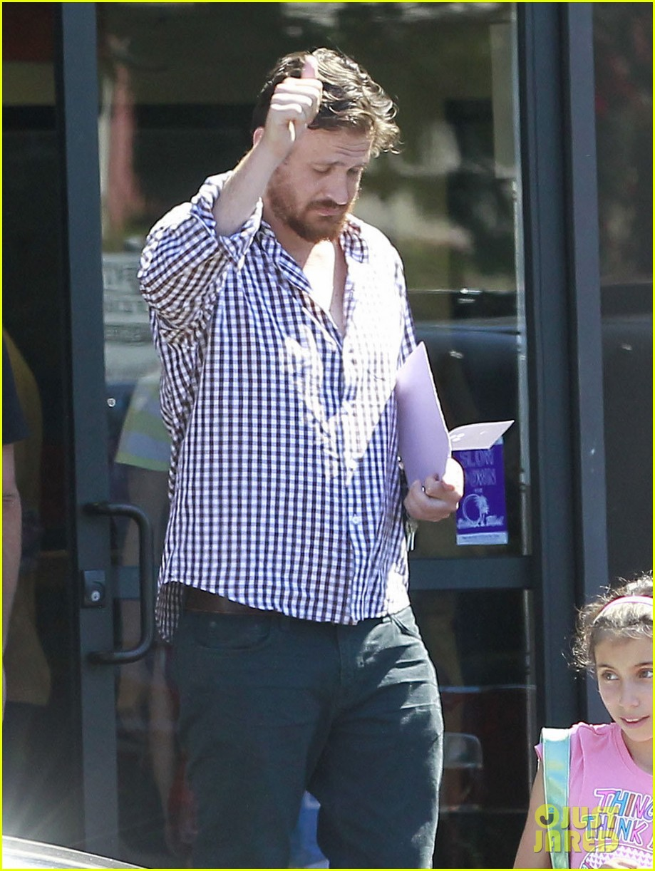 michelle williams jason segel matilda pick up 162697923