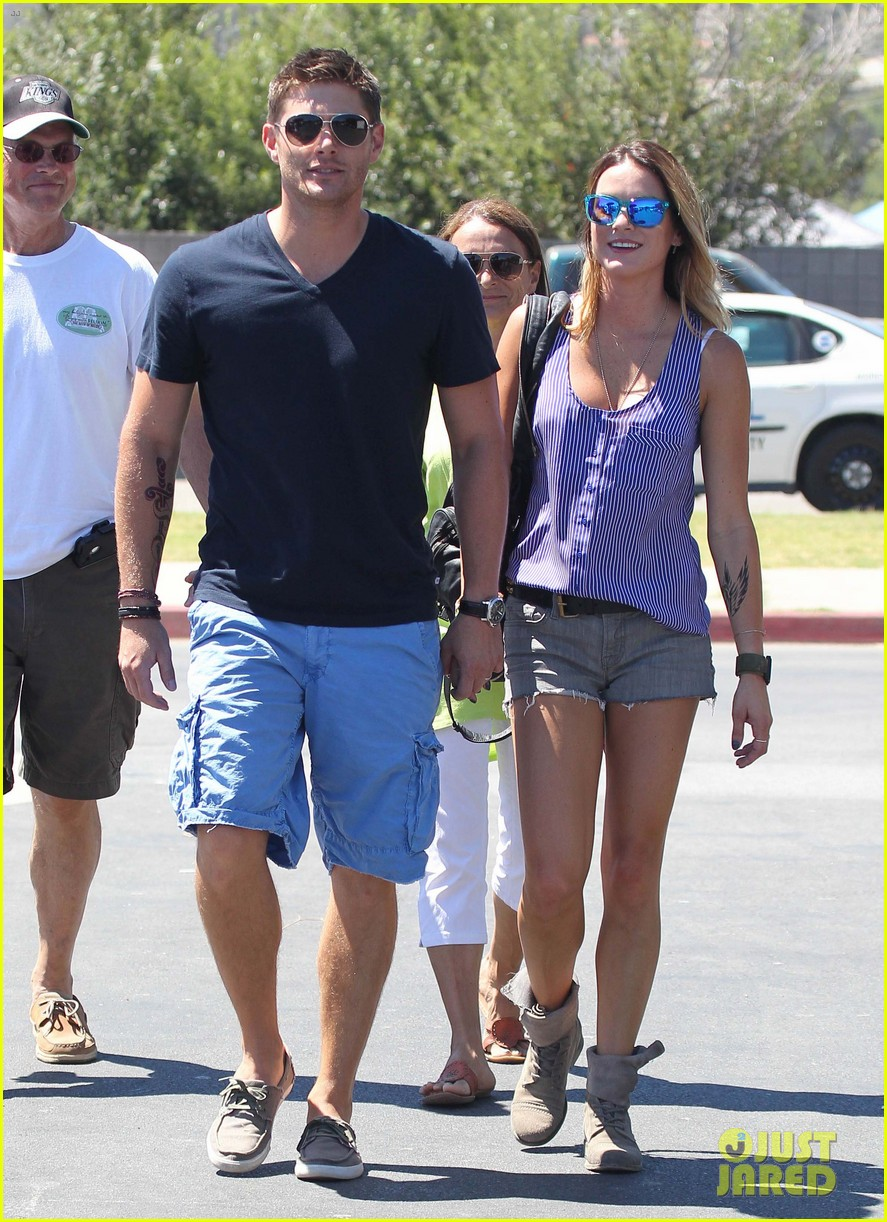 jensen ackles malibu chili cook off with danneel 102713250