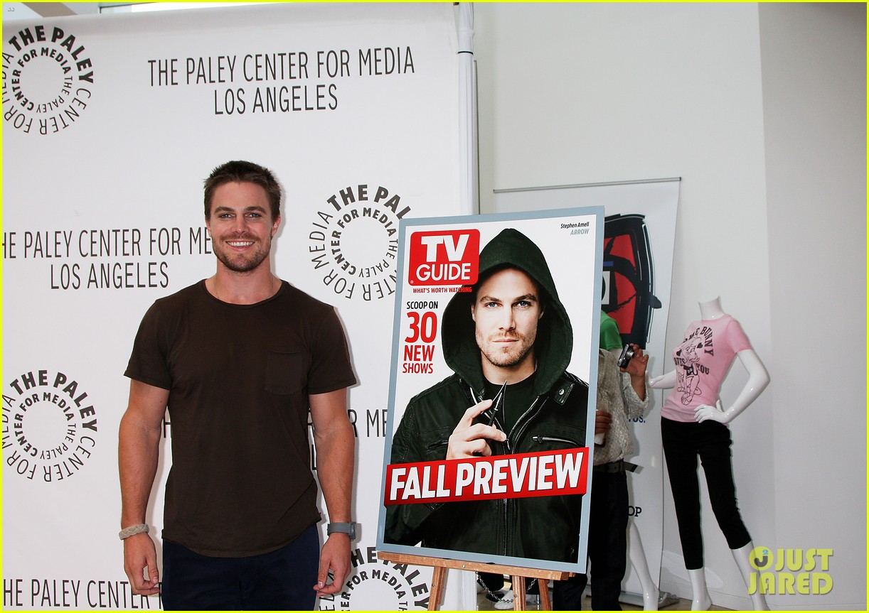 stephen amell arrow screening at paley center 04