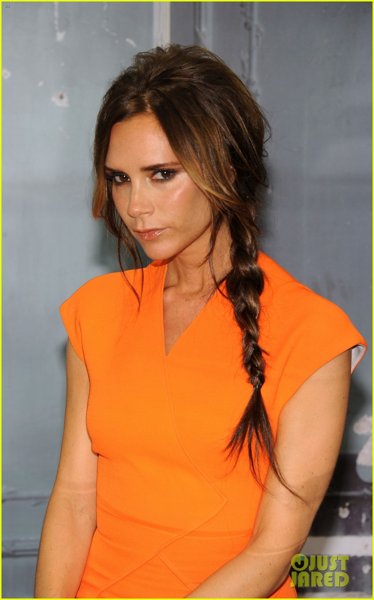 victoria beckham fashions night out with anna wintour 10