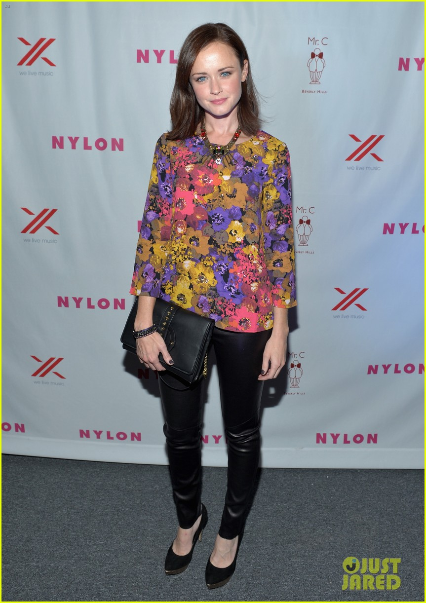 alexis bledel lucy hale nylon tv issue launch party 01