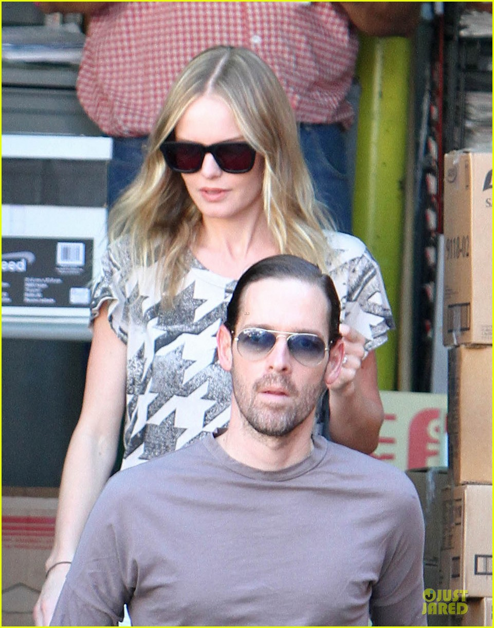 kate bosworth bristol farms couple 132722037