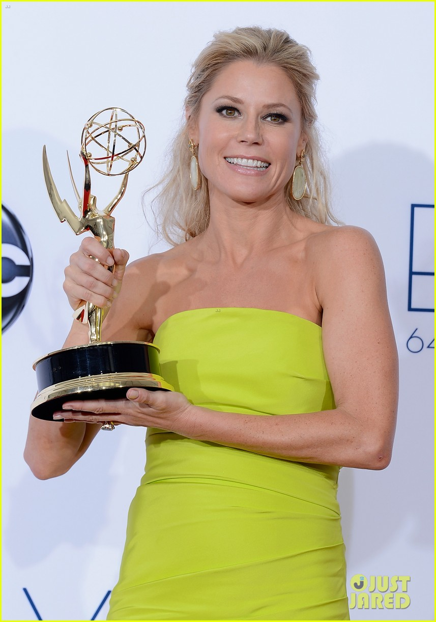julie bowen emmy win
