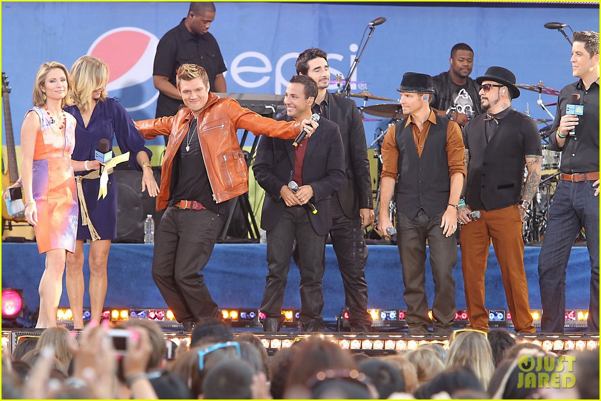 backstreet boys reunite for good morning america performance 05