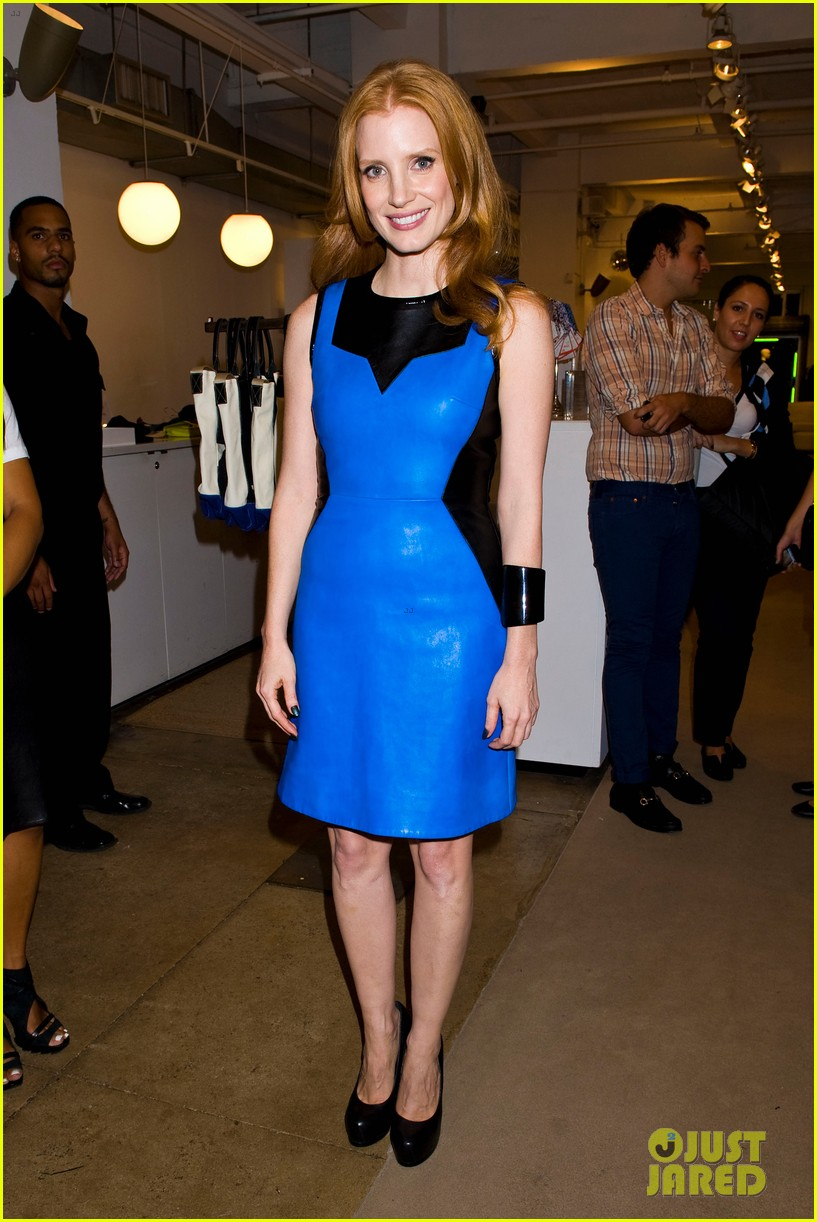 jessica chastain fashions night out at jeffreys 10