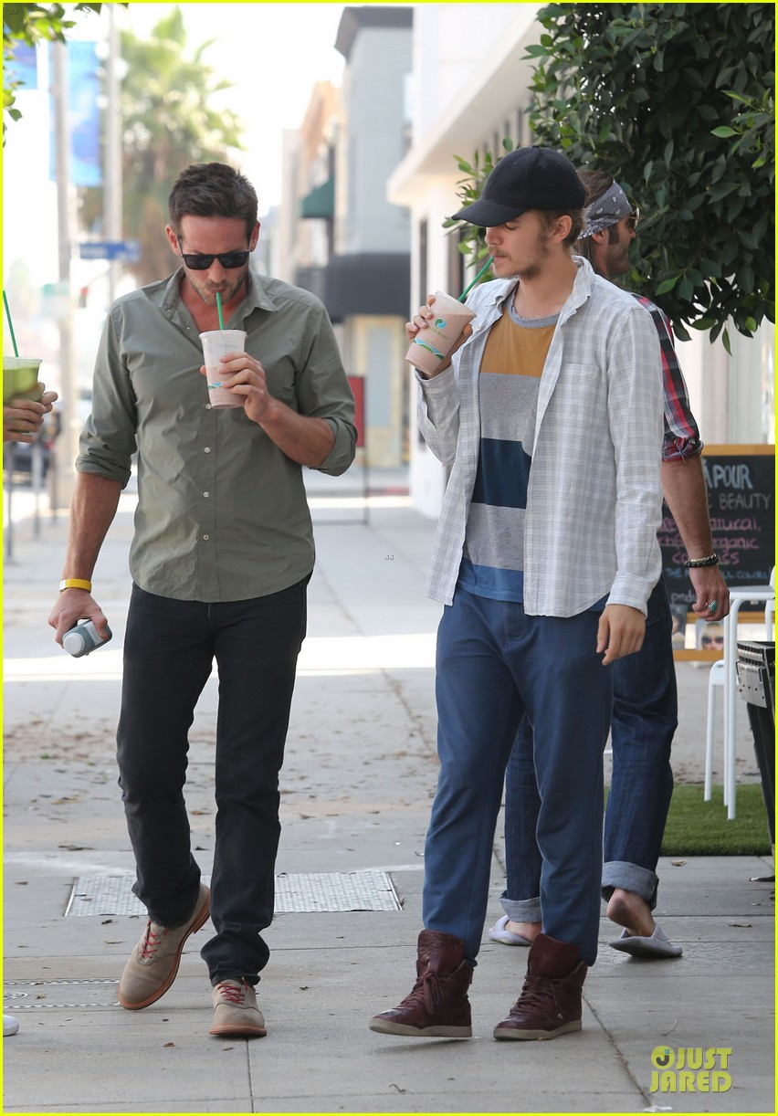 hayden christensen juice run west hollywood 012729385
