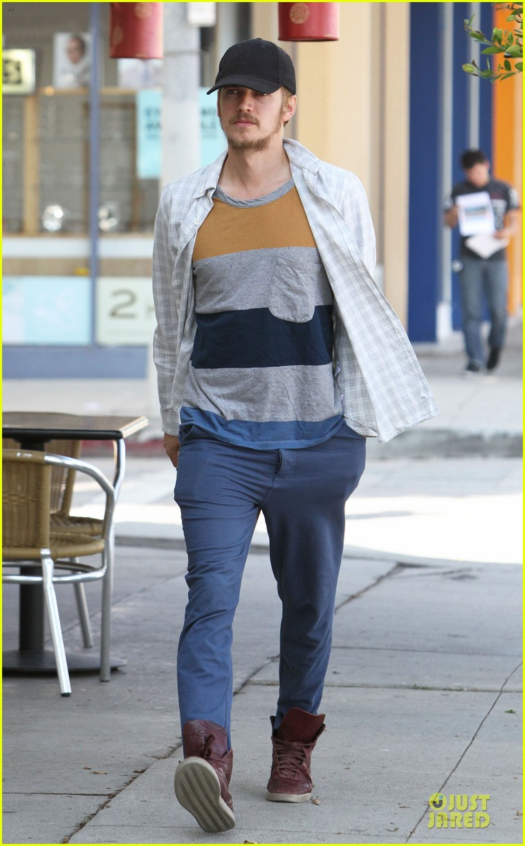 hayden christensen juice run west hollywood 12
