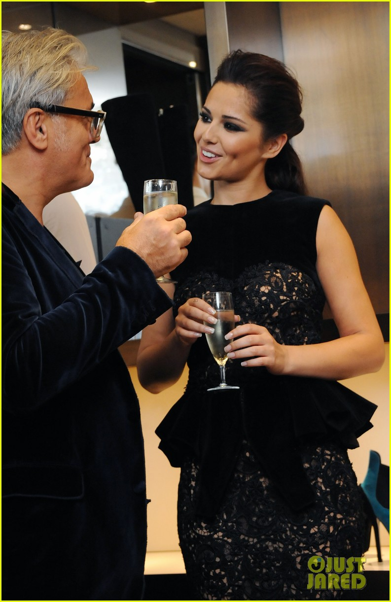 cheryl cole giuseppe zanotti for fashions night out 02