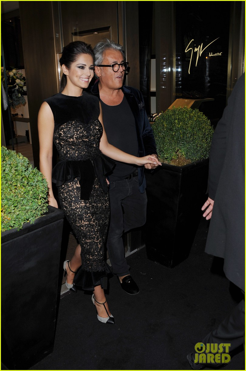 cheryl cole giuseppe zanotti for fashions night out 04
