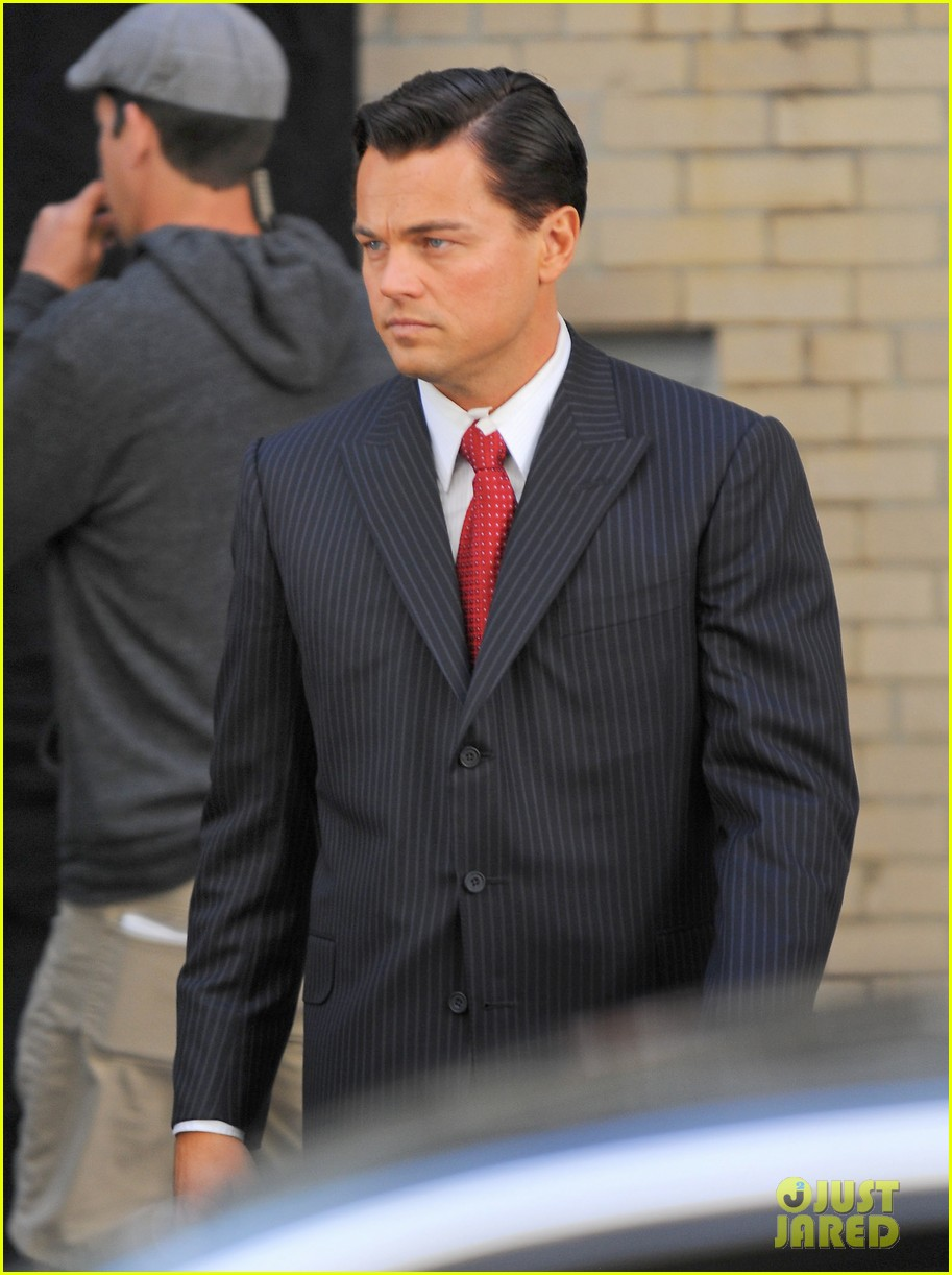 leonardo dicaprio wolf of wall street set with margot robbie 16