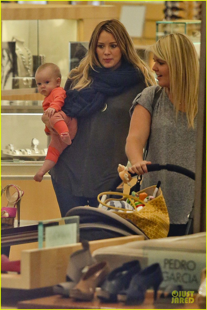hilary duff ordering salad dressing on side depressing 07