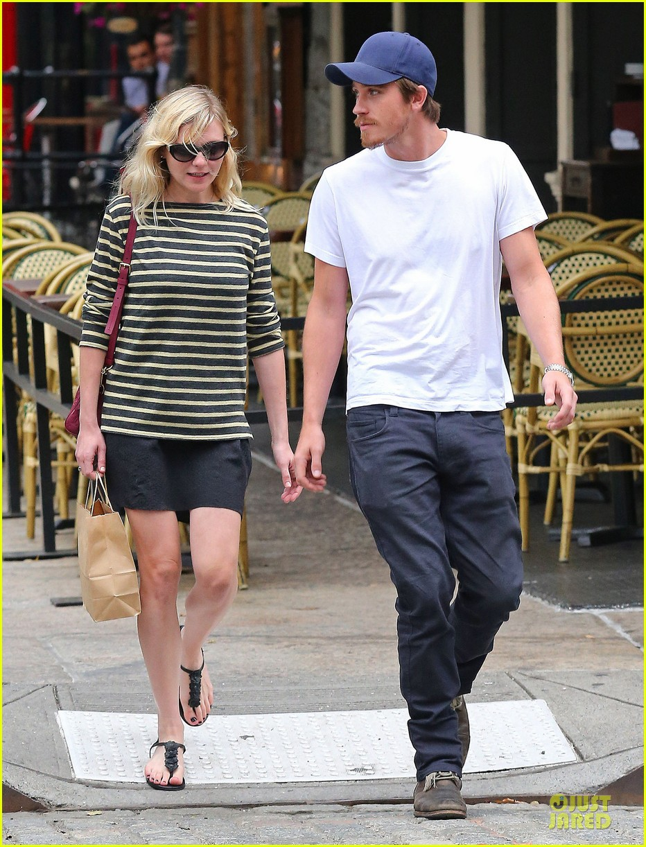 kirsten dunst garrett hedlund labor day new york 02