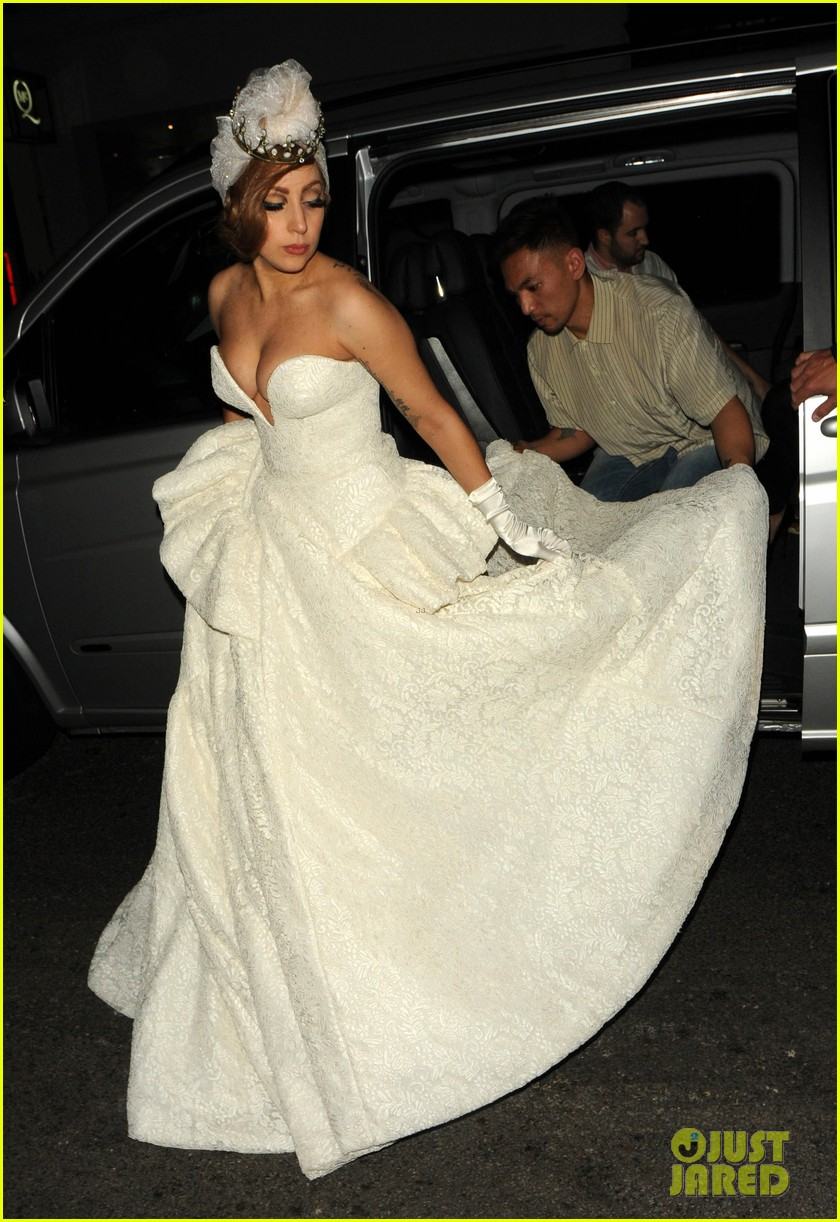 lady gaga wedding dress for paralympic games after party 022718520