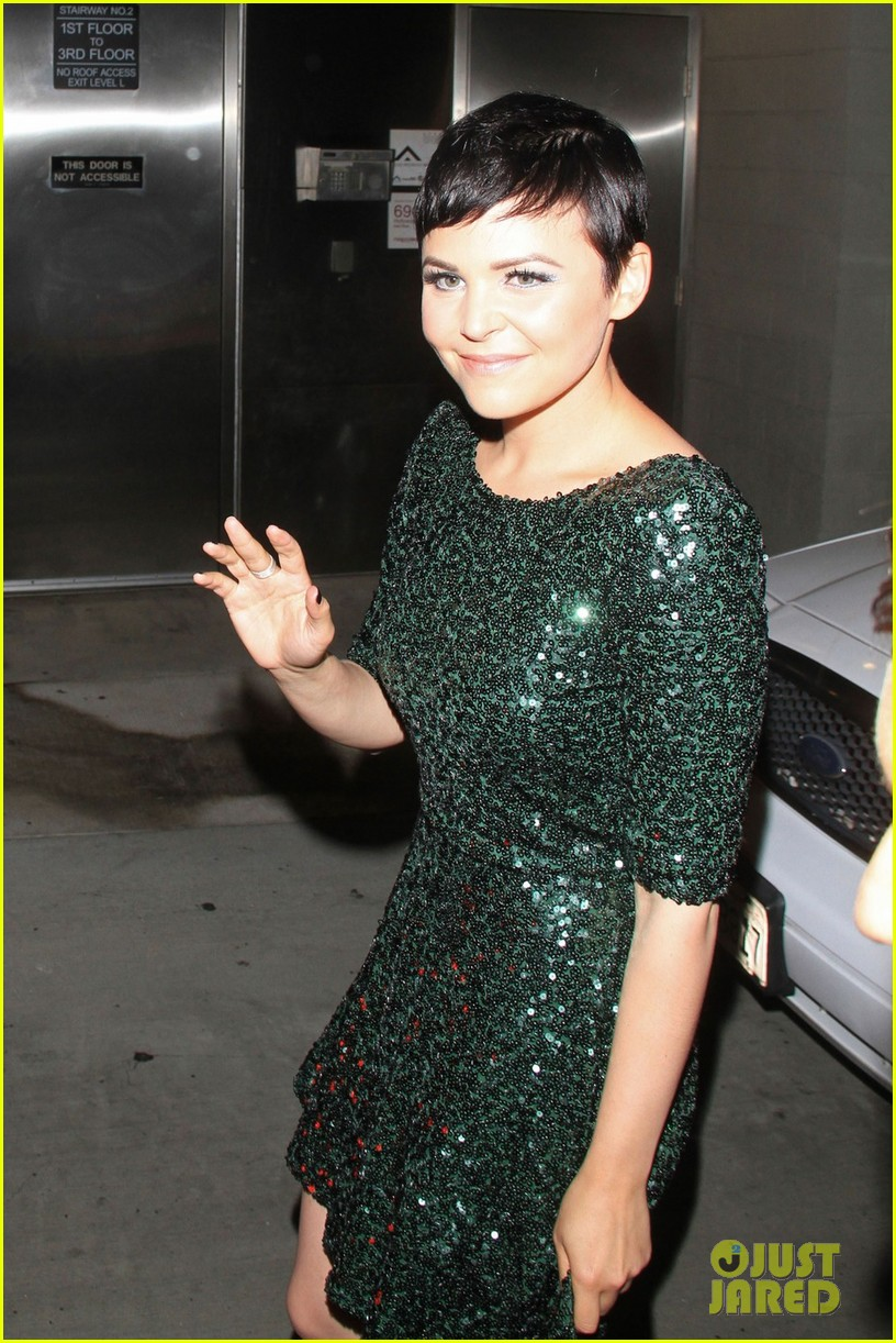 ginnifer goodwin jimmy kimmel appearance 022729311