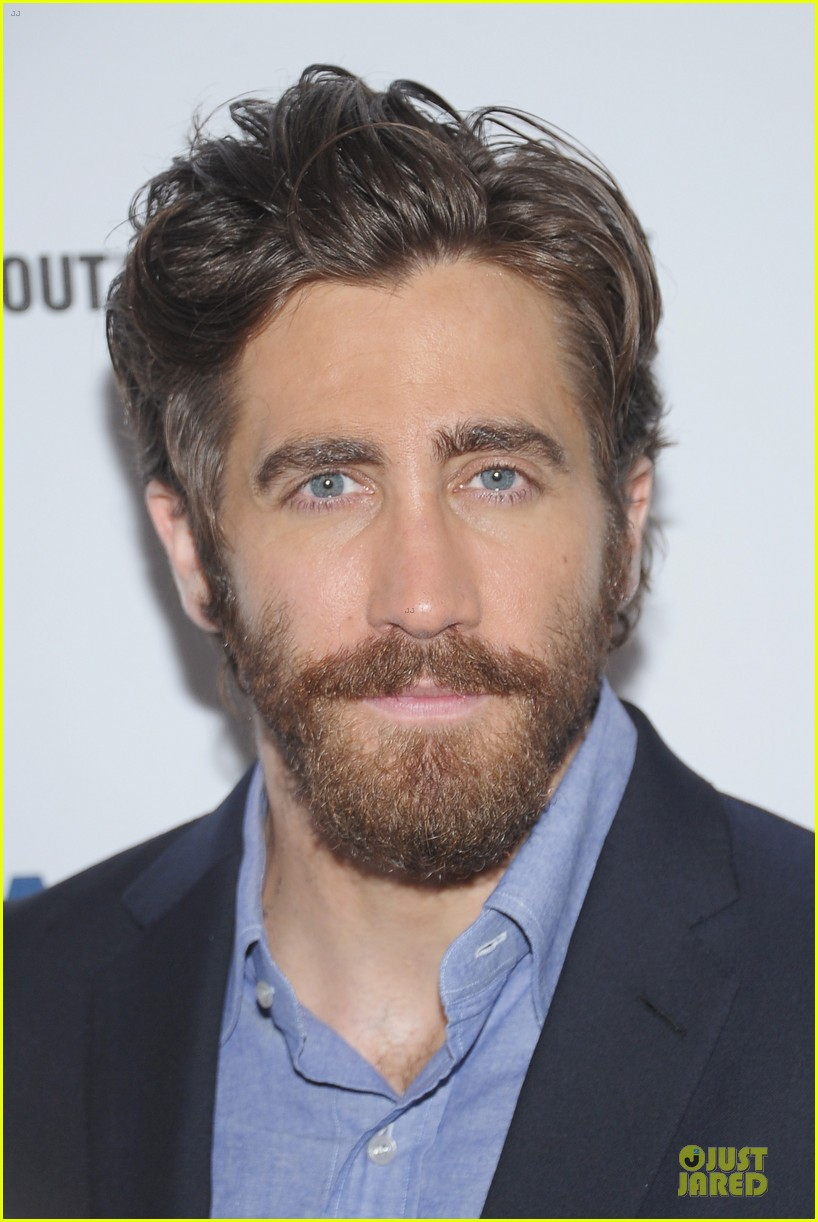 jake gyllenhaal if there is i havent found it 05