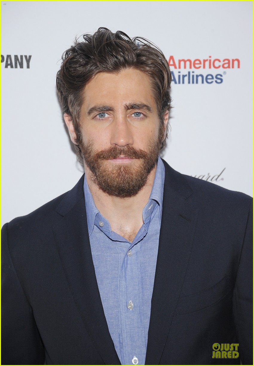 jake gyllenhaal if there is i havent found it 06