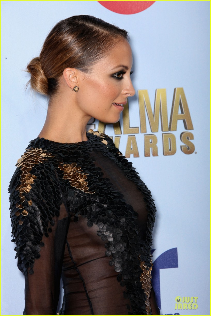 nicole richie jake gyllenhaal alma awards 11