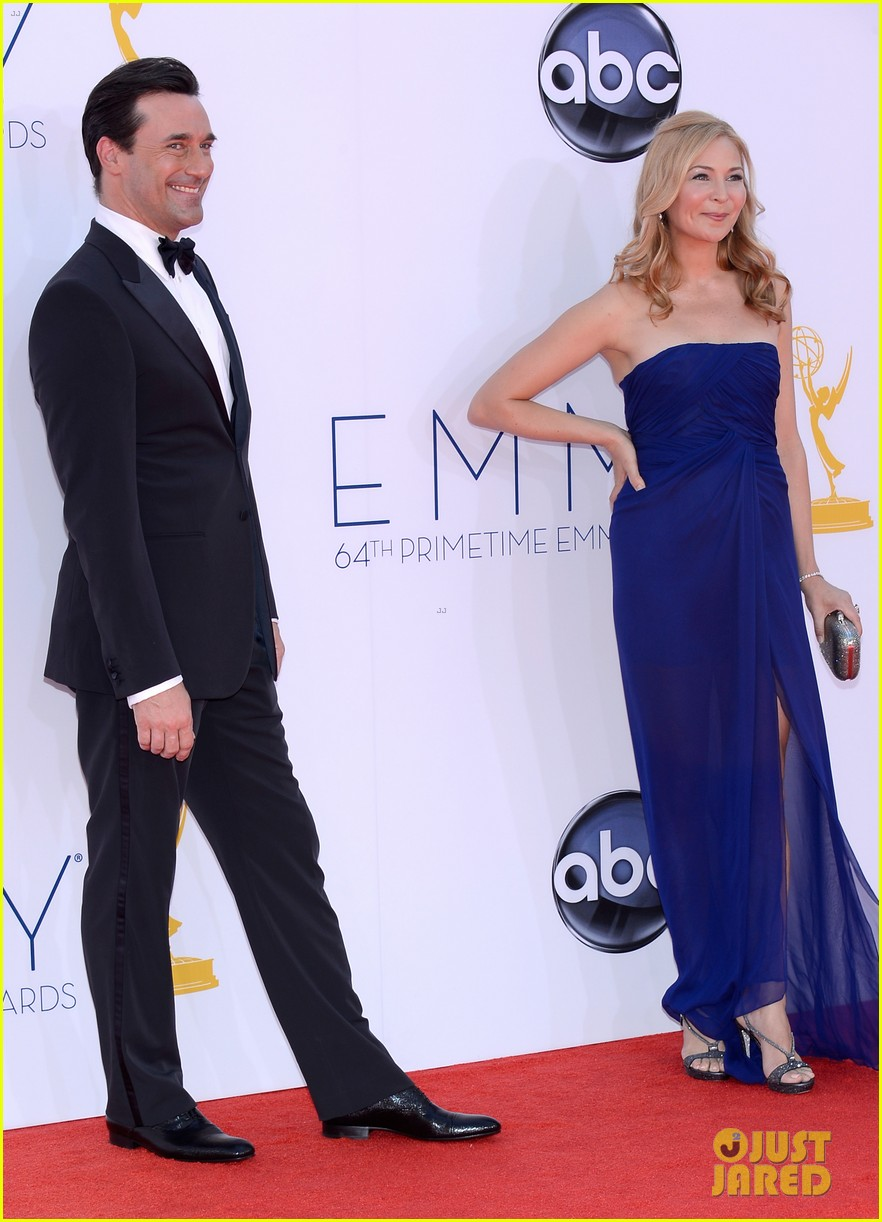 jon hamm jennifer westfeldt emmys 2012 red carpet 05