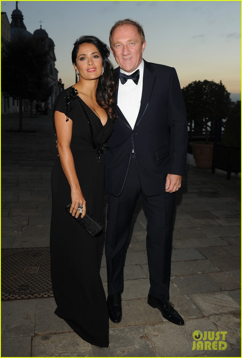 salma hayek gucci awards with francois henri pinault 022712233