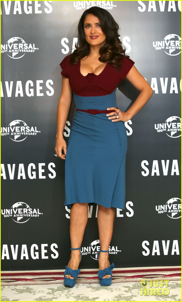 salma hayek savages photo call london 01