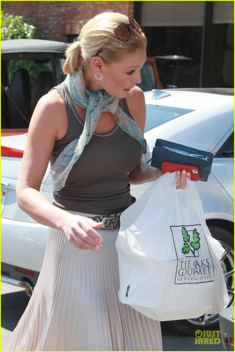 katherine heigl lax departure with mom 14