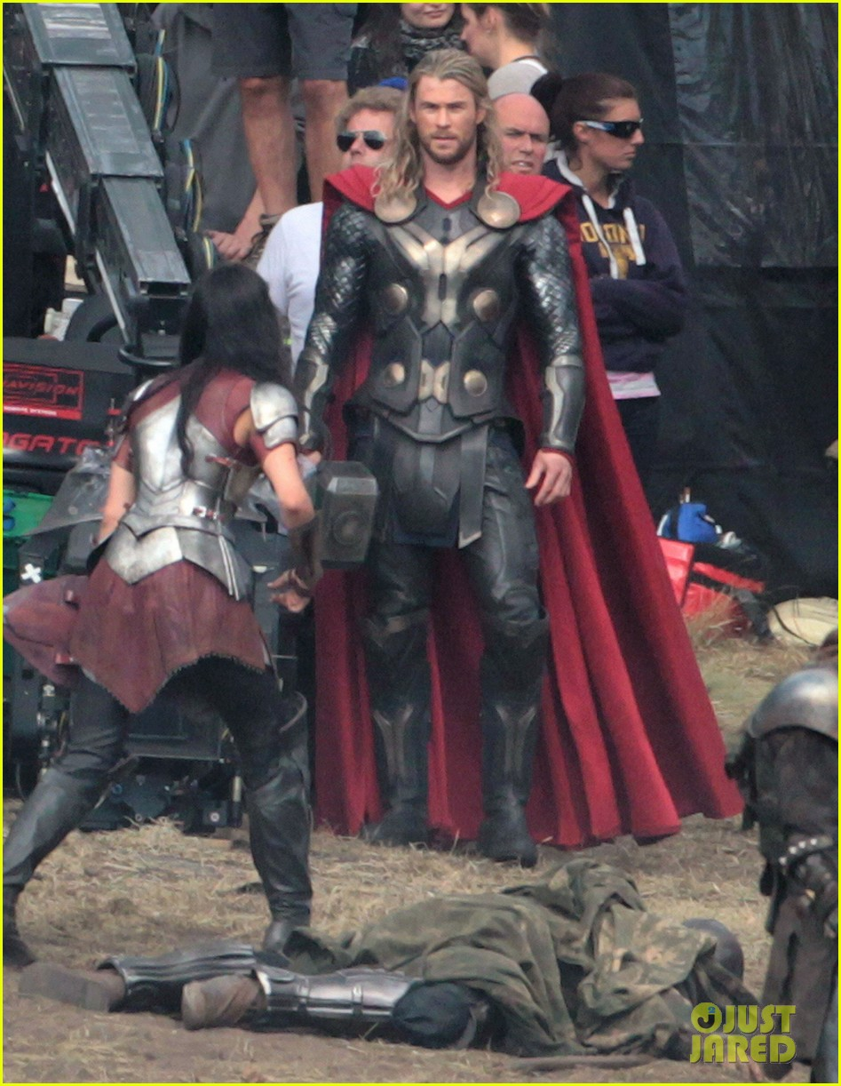 chris hemsworth thor 2 begins filming first set pics 052719374