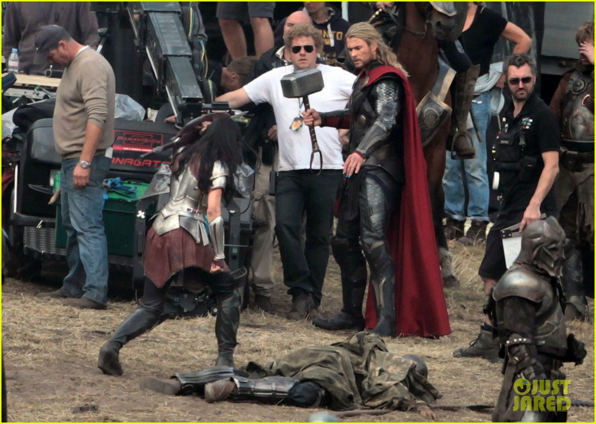 chris hemsworth thor 2 begins filming first set pics 122719381