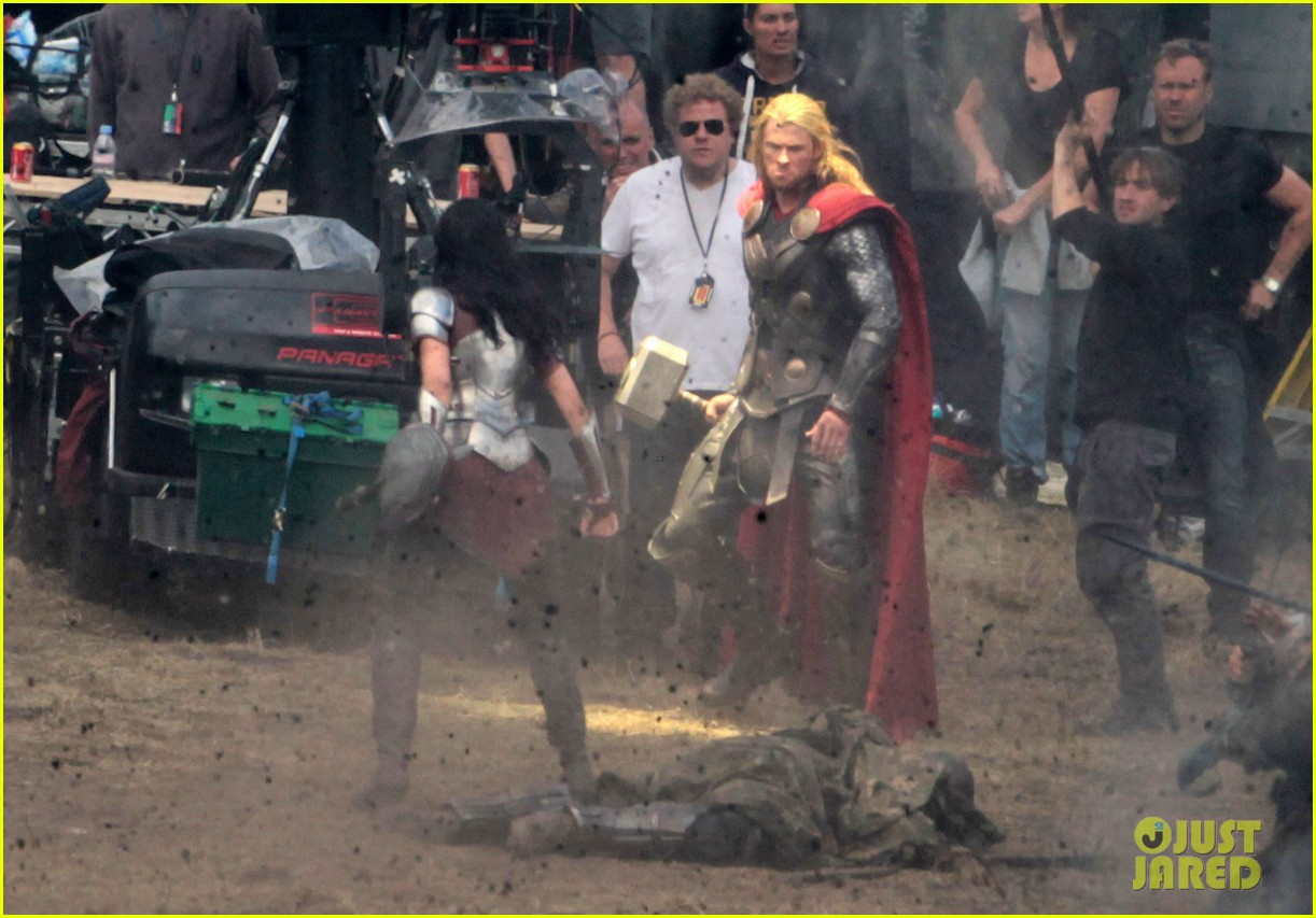 chris hemsworth thor 2 begins filming first set pics 152719384