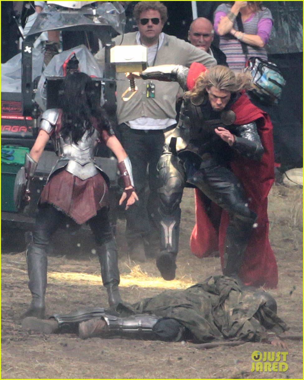 chris hemsworth thor 2 begins filming first set pics 202719389