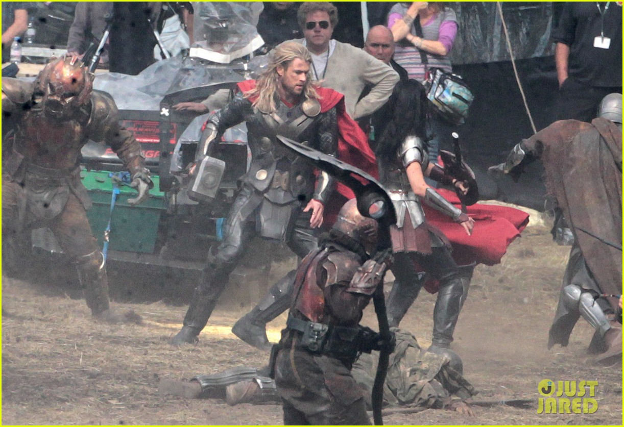 chris hemsworth thor 2 begins filming first set pics 28