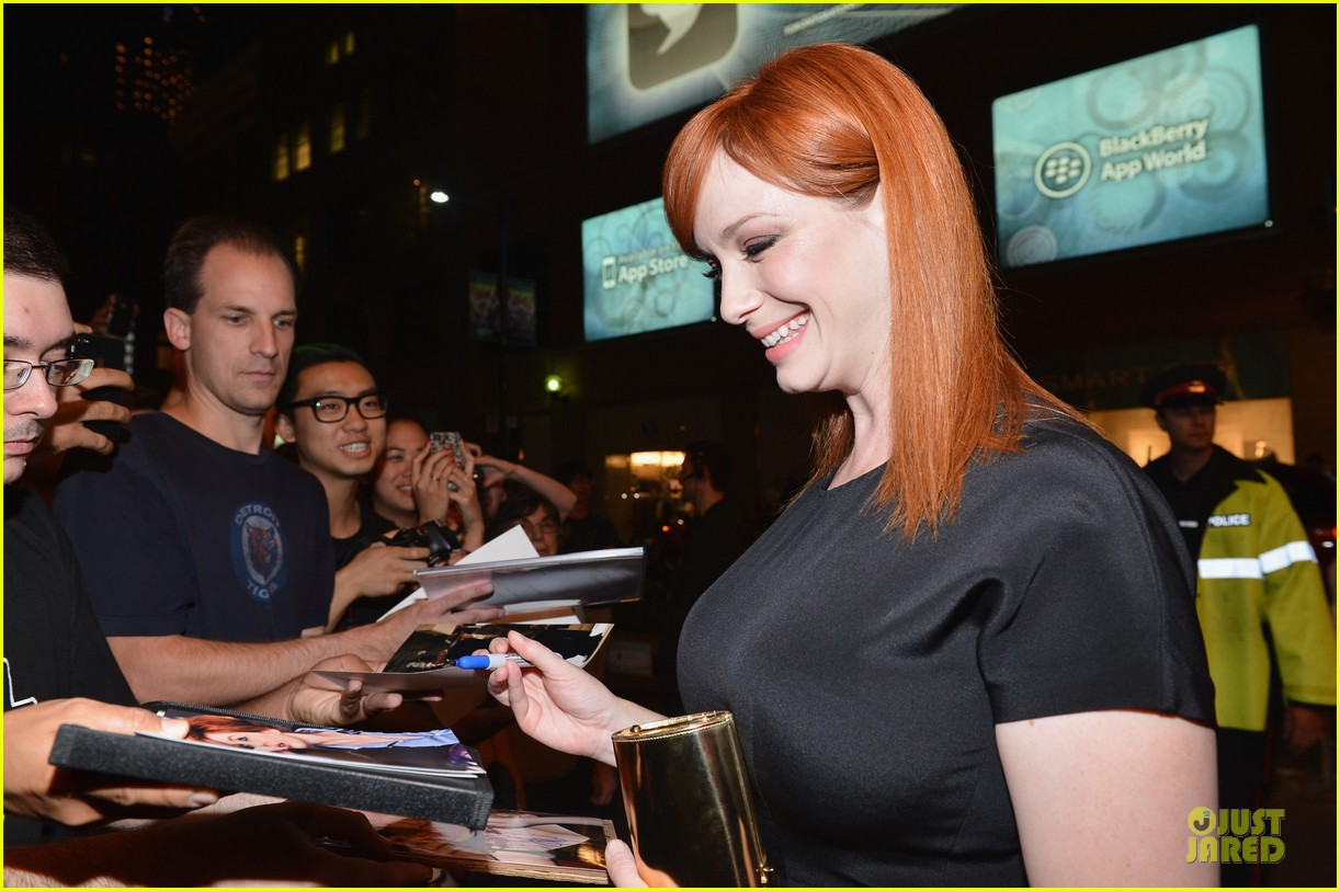 christina hendricks elle fanning ginger & rose tiff 13