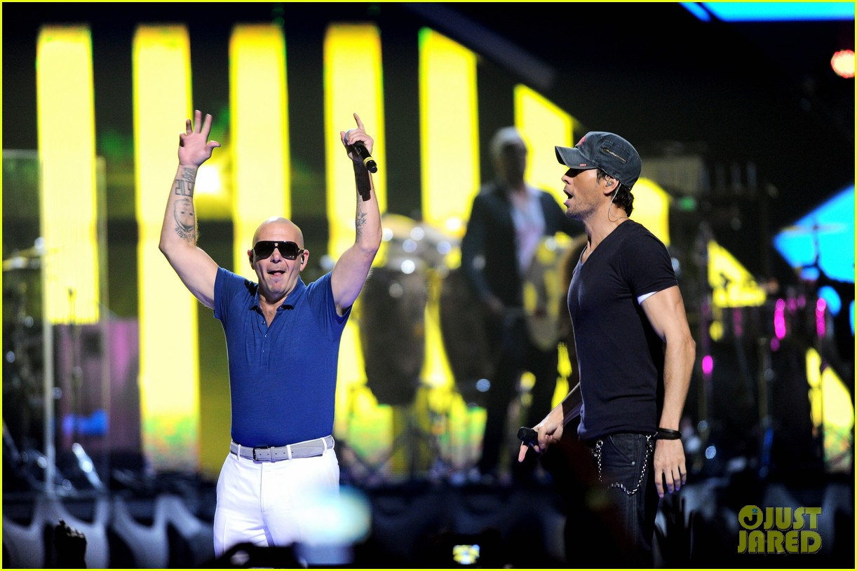 enrique iglesias sammy adams iheart radio music festival 15