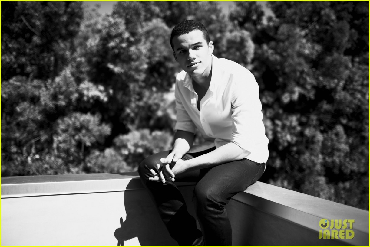 jacob artist just jared photo shoot 042725350