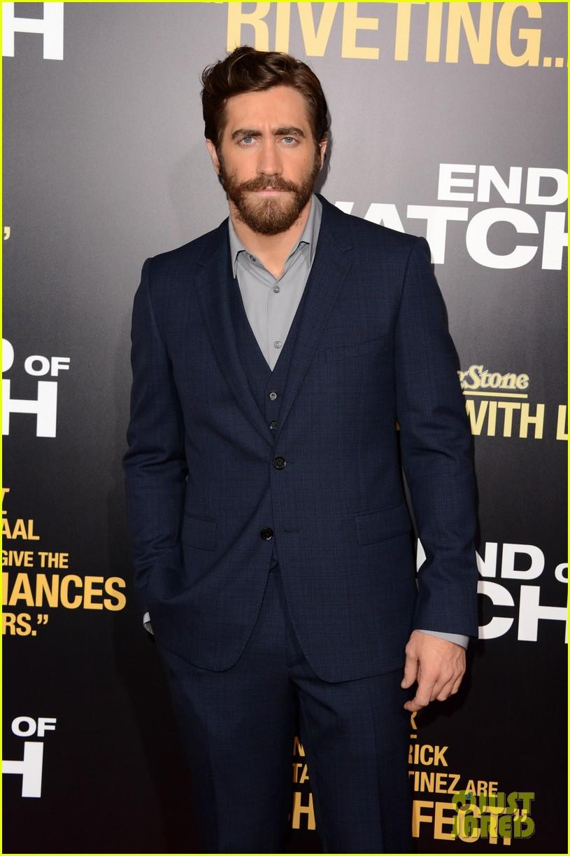 jake gyllenhaal anna kendrick end of watch premiere 13